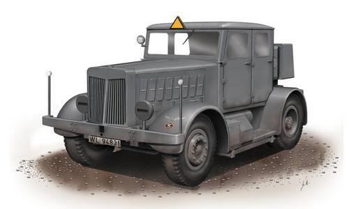 Special Hobby SS-100 Gigant Schwerer Radschlepper/HTra makett