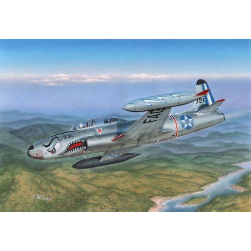 Special Hobby Lockheed T-33 T-Bird South American/Japan makett