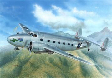 Special Hobby C-60 Lodestar Pacific Transport makett