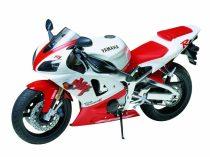 Tamiya Yamaha YZF-R1 makett
