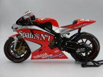 Tamiya Spain's No1 Yamaha YZR-M1 makett