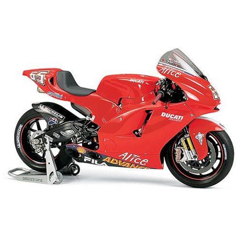 Tamiya Ducati Desmosedici makett