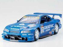 Tamiya Calsonic Skyline GT-R makett