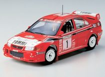 Tamiya Mitsubishi Lancer Evo VI WRC makett