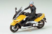 Tamiya Yamaha TMAX with Rider Figure makett