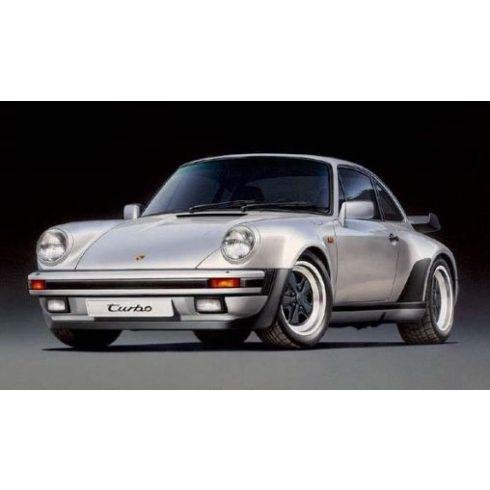 Tamiya Porsche 911 Turbo 1988 makett