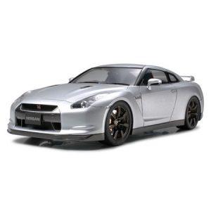 Tamiya Nissan GTR makett