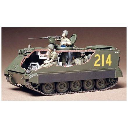 Tamiya US Personal Carrier M113 A.P.C makett