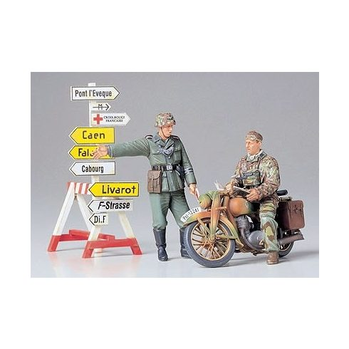 Tamiya German Motorcycle Orderly Set makett