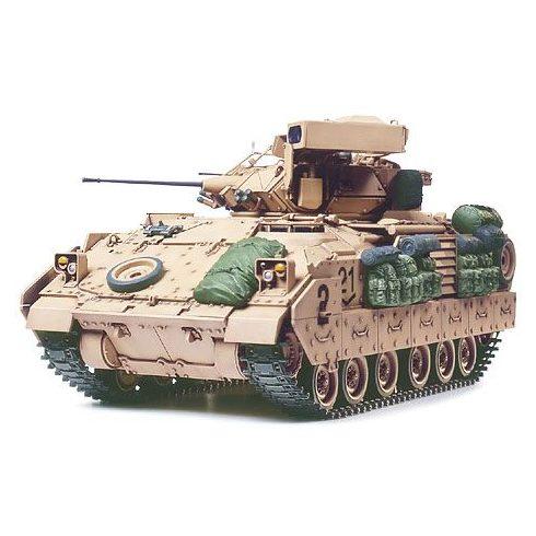 Tamiya M2A2 Infantry Fighting Vehicle - ODS makett