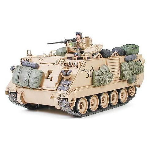 Tamiya M113A2 Armored Person Carrier - Desert Version makett