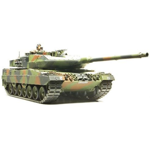 Tamiya Leopard 2 A6 Main Battle Tank makett