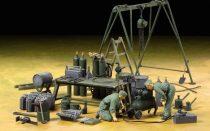 Tamiya German Field Maintenance Team & Equipment Set