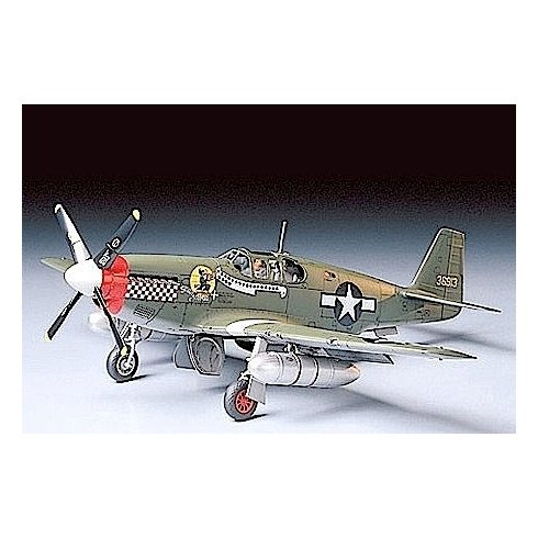 Tamiya NORTH AMERICAN P-51B MUSTANG makett