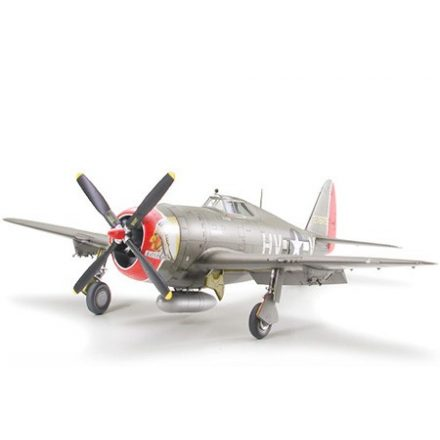 Tamiya Republic P-47D Thunderbolt - Razorback makett