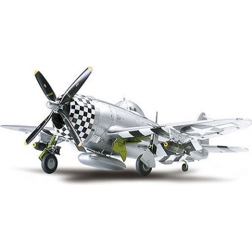 Tamiya P-47D Thunderbolt Bubbletop makett