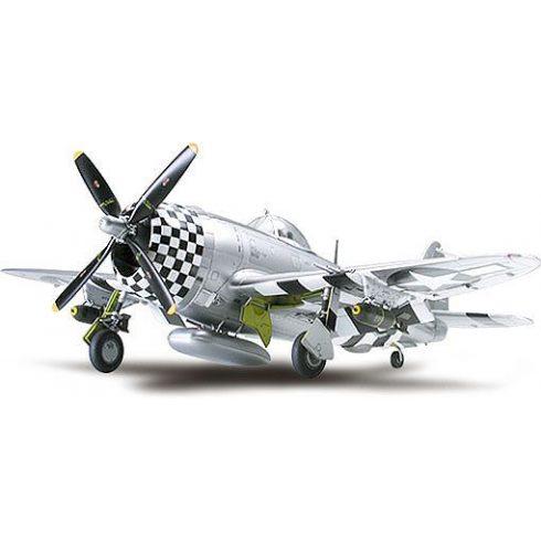 Tamiya P-47D Thunderbolt Bubbletop makett
