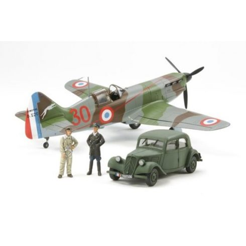 Tamiya WWII Dewoitine D.520 Fren.Ace w.Sc makett