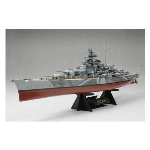 Tamiya German Tirpitz Battleship makett