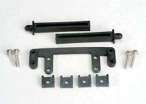 Traxxas  Rear body mount base/ rear body mounting posts (2)/rear body mounting clamps (4)/ screws