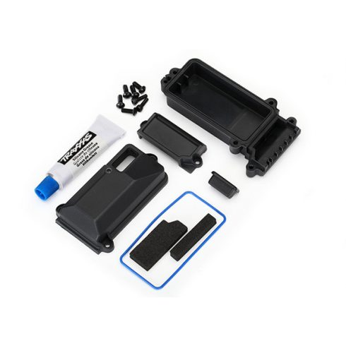 Traxxas Box, receiver (sealed)/ wire cover/ foam pads/ silicone grease/ 3x8 BCS (5)/ 2.5x8 CS (2)