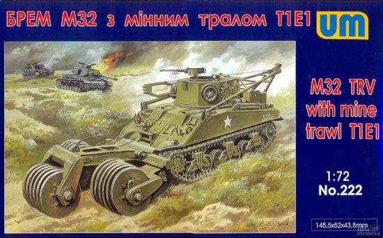 Unimodels M32 tank recovery vehicle with mine traw makett