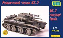Unimodels Soviet BT-7 rocket tank makett
